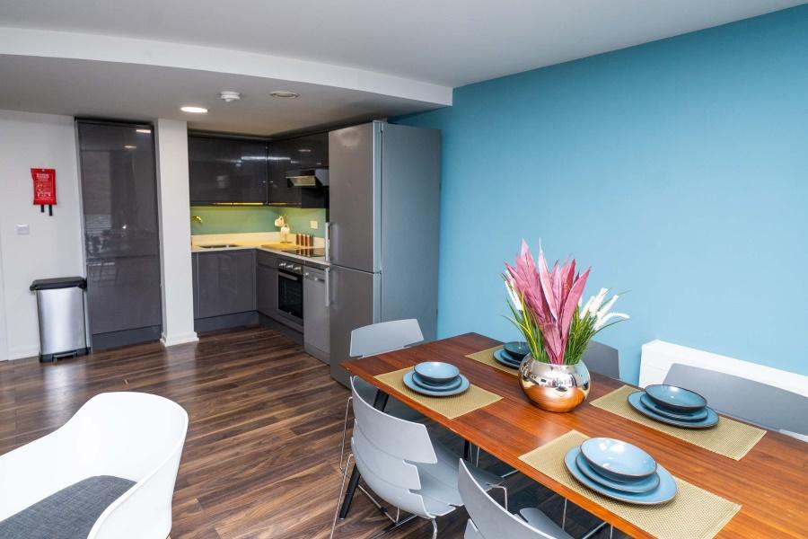 4 bedroom apartment: Gatecrasher student accommodation ...